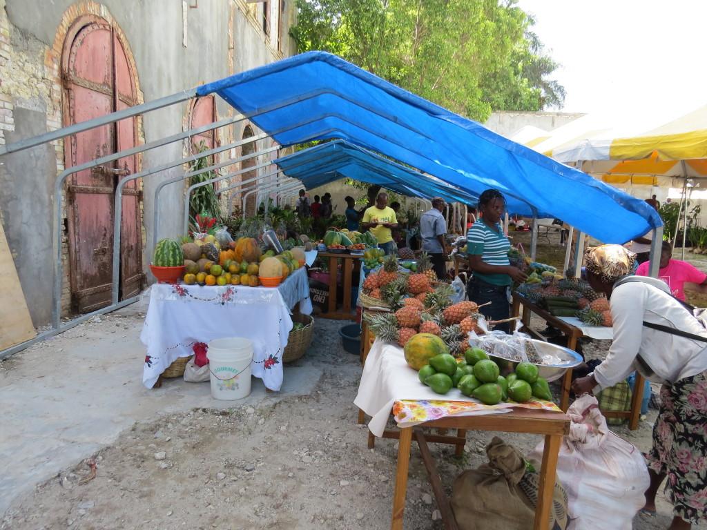 Feira Agricola mostra a produção alimentar haitiana. Jacmel, Haiti. Foto: Miriane Peregrino